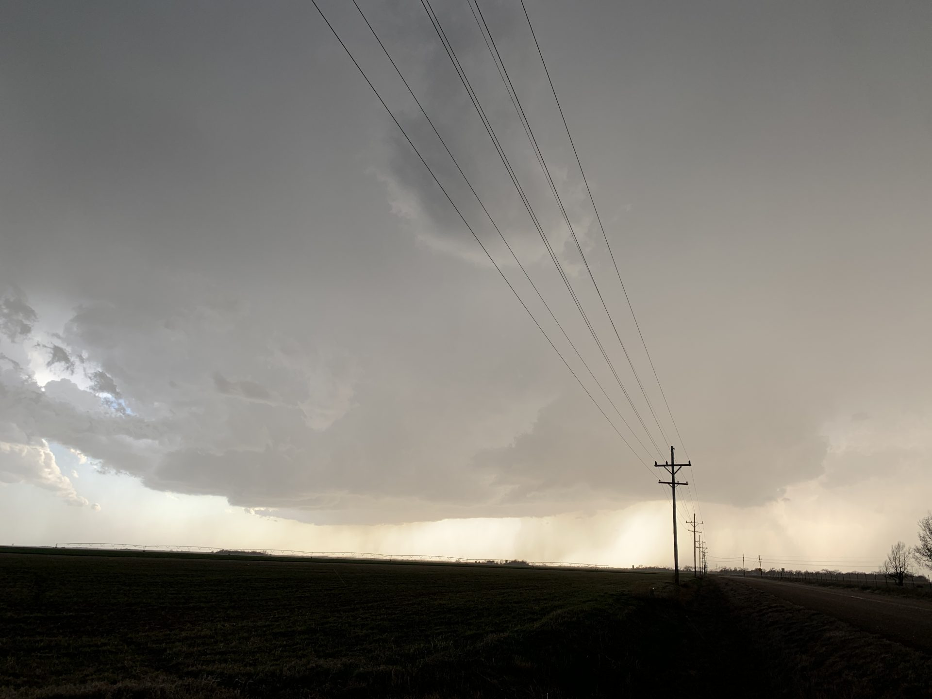 Storm near Garfield, KS is starting to look a bit more organized!