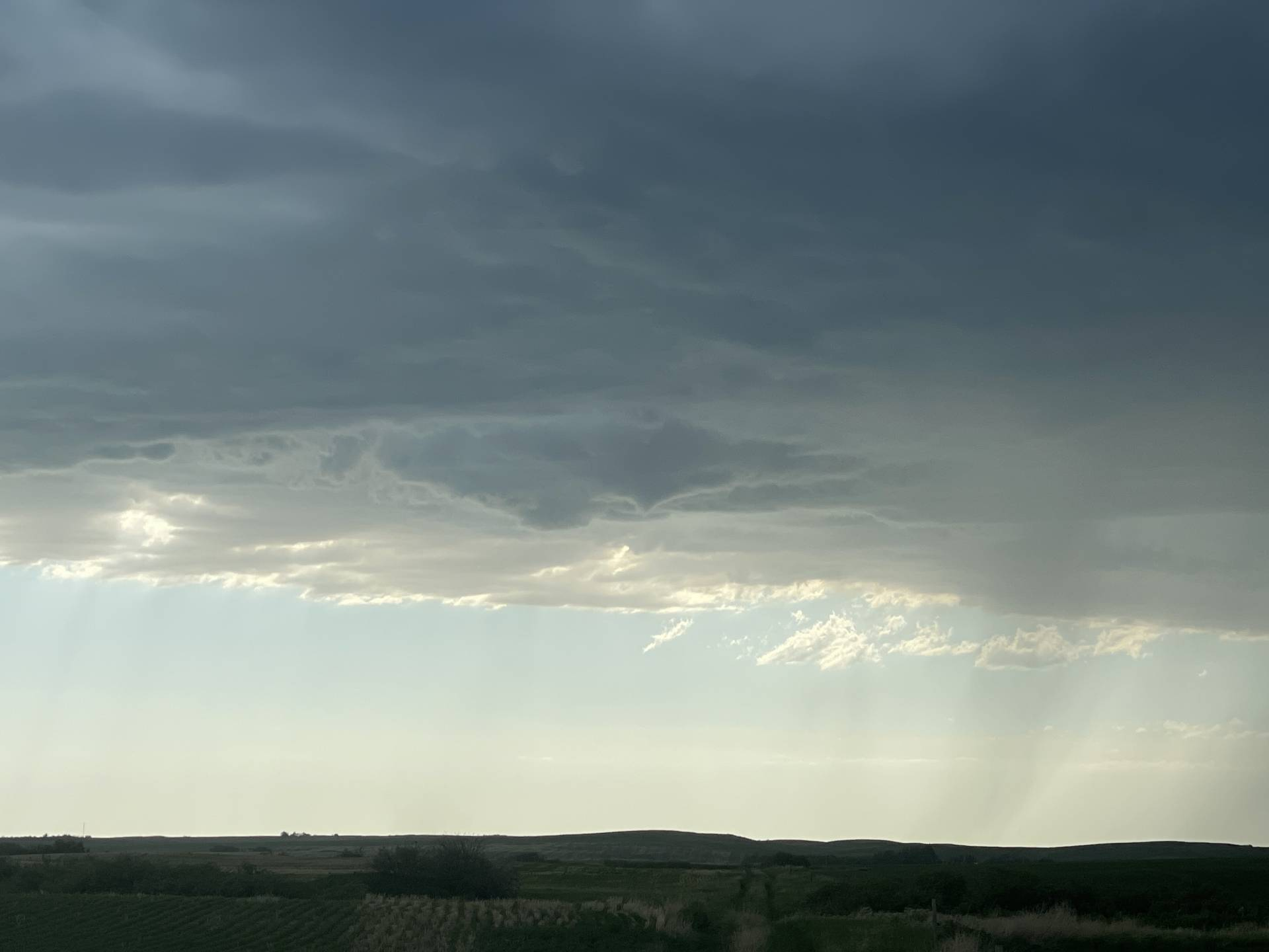 """Funnel LIVE now 5:37pm north of D'Arcy """"SKstorm"""
