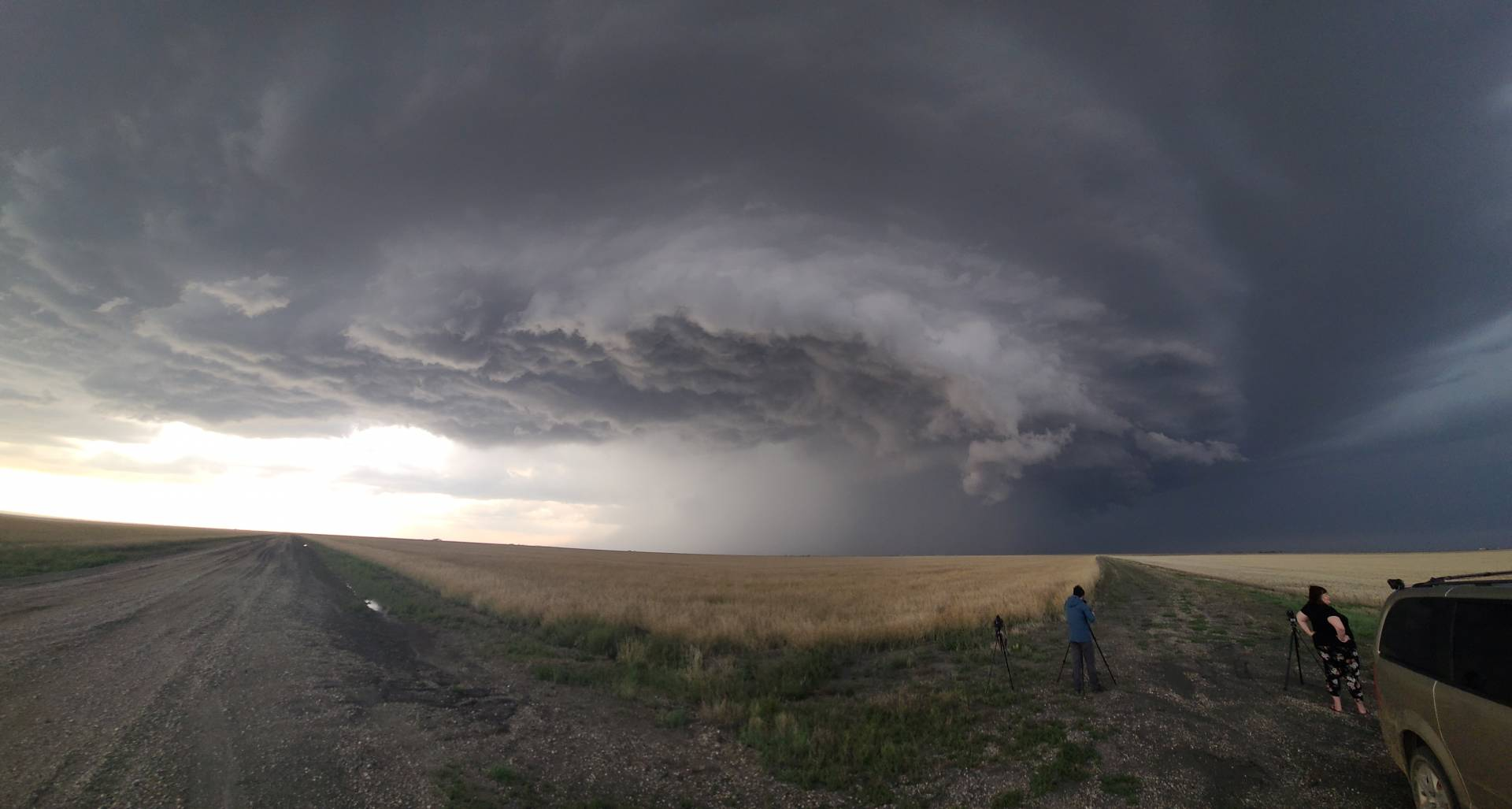 Absolutely gorgeous supercell near Pitman, SK right now 6:35pm #skstorm