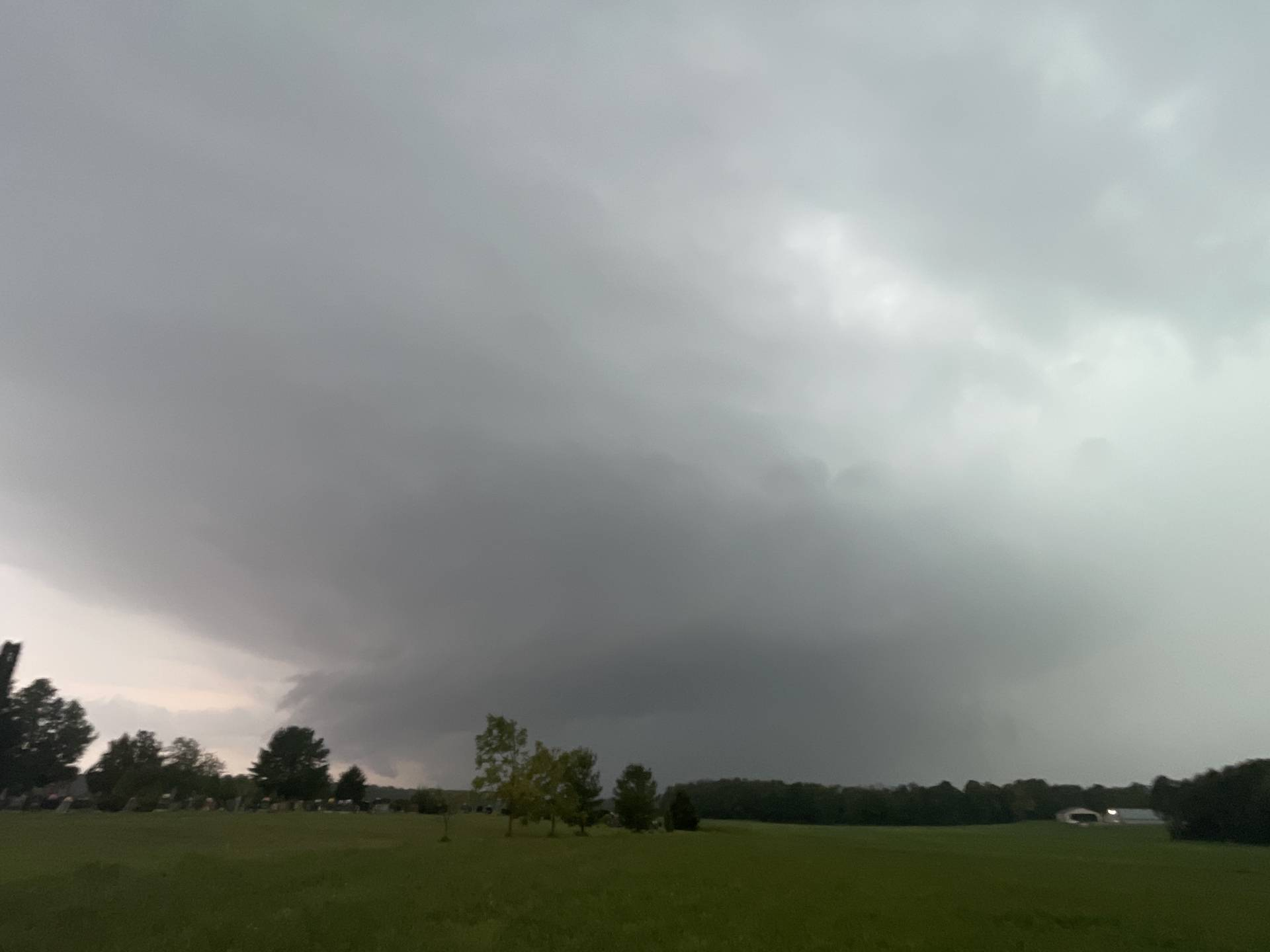 Tornado warned supercell Cargill, ON 06:31 PM #ONstorm
